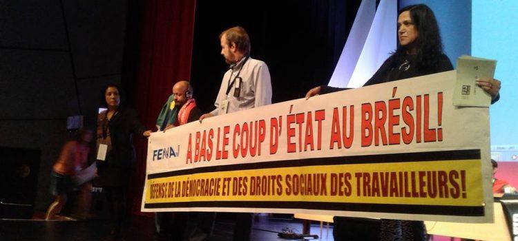 Delegação da FENAJ denuncia situação política no Brasil